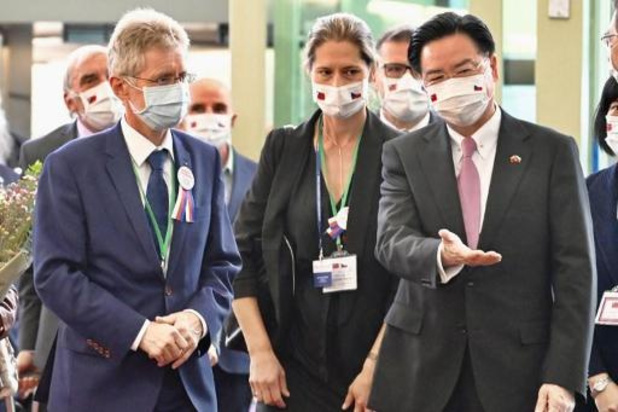 China woedend om officieel bezoek van Tsjechische Senaatsvoorzitter aan Taiwan