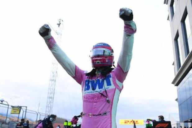 Lance Stroll verovert eerste polepositie uit carrière, Hamilton zesde op startgrid