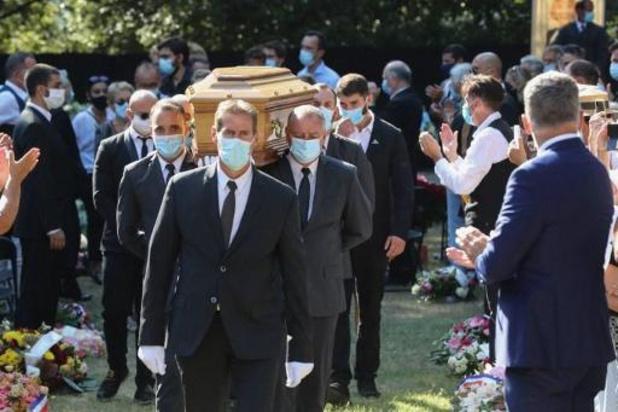 Des centaines de personnes rendent un dernier hommage à Annie Cordy
