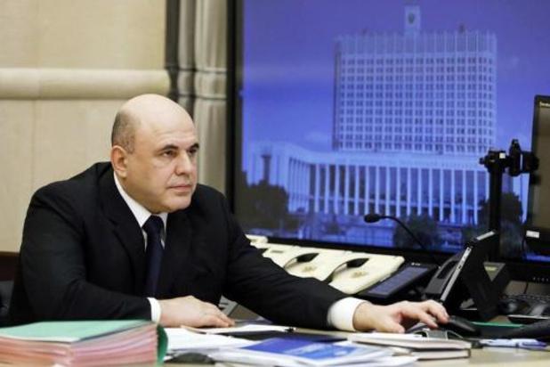 Russische premier opnieuw op post na coronabesmetting