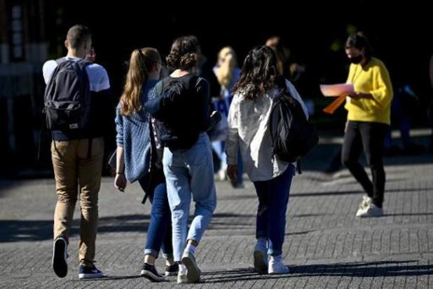 Steeds meer leerlingen starten secundair onderwijs zonder getuigschrift basisonderwijs