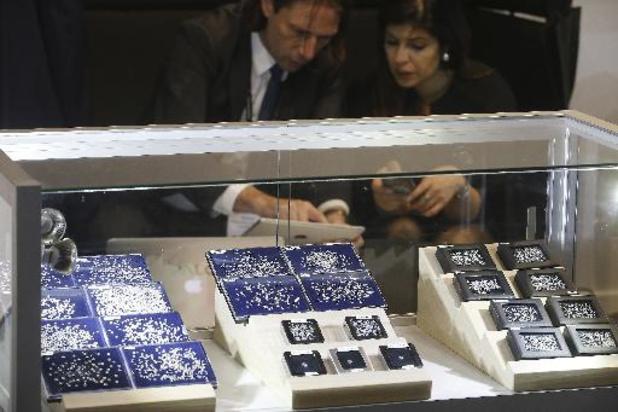 Début de l'initiation pratique à la taille de diamants au sein de la HB Academy à Anvers