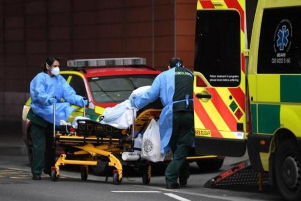 Verenigd Koninkrijk is 1ste Europese land dat kaap van 100.000 sterfgevallen overschrijdt