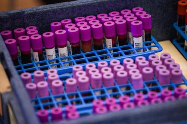 Une disparition à court ou moyen terme du virus de moins en moins probable