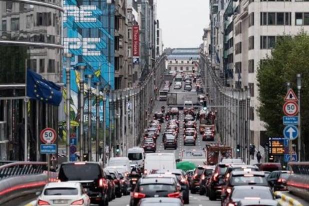 Ruim zes procent meer autoverkeer in eerste werkweek van mei