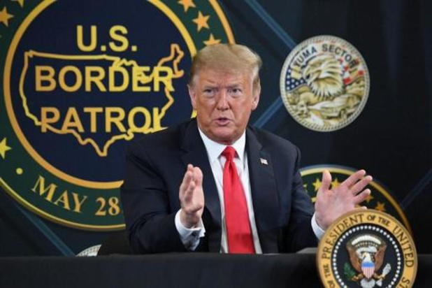 """Asile et migration - Trump vante le mur: """"Il a arrêté le Covid, il a tout arrêté"""""""