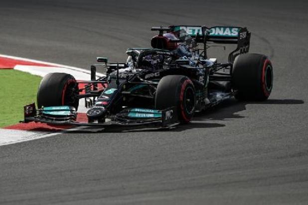 Dix places de pénalité pour Hamilton après avoir changé son moteur