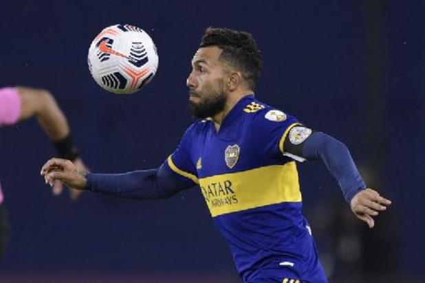 Carlos Tevez arrête le foot en Argentine, sa carrière en suspens