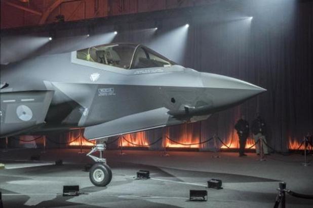 Komst eerste nieuwe Nederlandse gevechtsvliegtuig eindigt met een domper