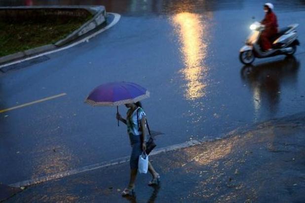 Hevige regen eist drie slachtoffers in Vietnam