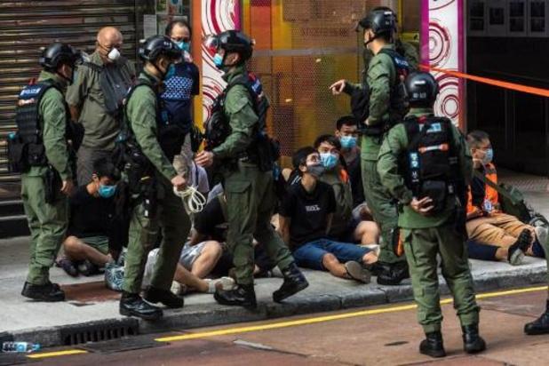 Politie Hongkong bestookt demonstranten met pepperspray
