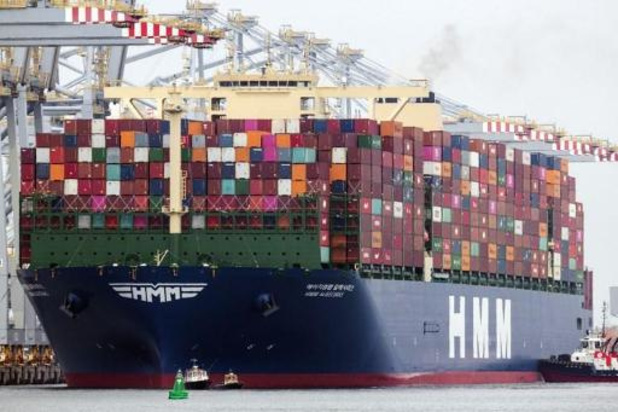 Grootste containerschip ter wereld op weg naar Antwerpen