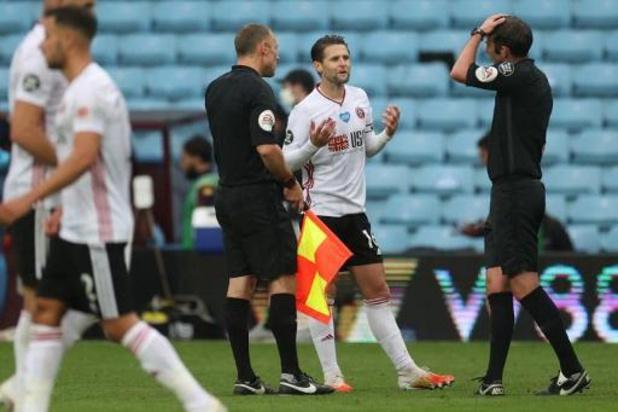 Belgen in het buitenland - Aston Villa en Sheffield trappen Premier League weer op gang met scoreloos gelijkspel