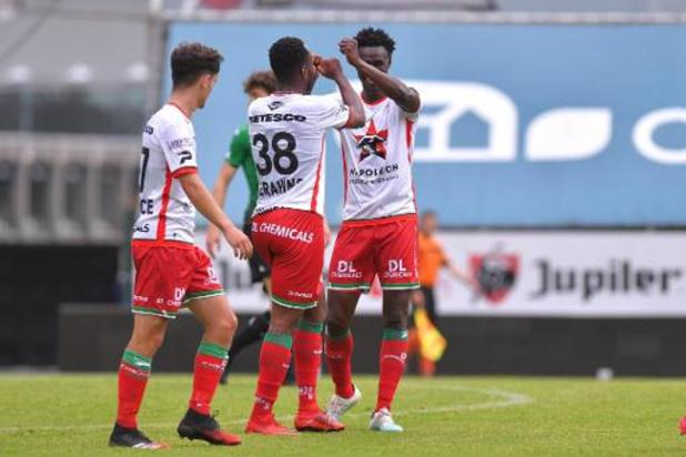 Jupiler Pro League: Zulte Waregem heeft geen genade voor Waasland-Beveren, Oostende wint ruim bij Zwevezele
