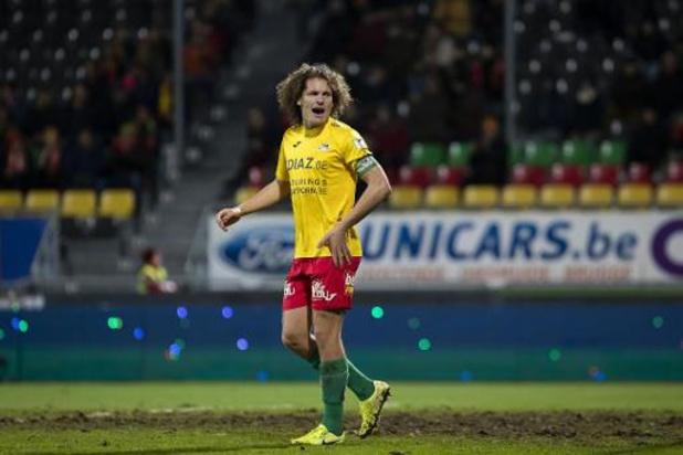 Transfer Deadline Day - Wout Faes signe à Reims, mais reste à Ostende jusqu'à la fin de la saison