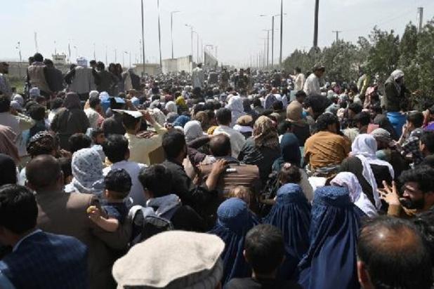 Taliban aan de macht - Zeven Afghanen omgekomen in chaos aan luchthaven Kaboel