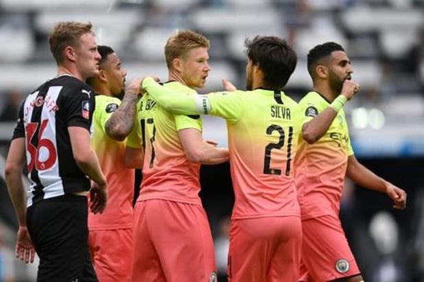 FA Cup - Jarige De Bruyne helpt Manchester City aan ticket voor halve finales