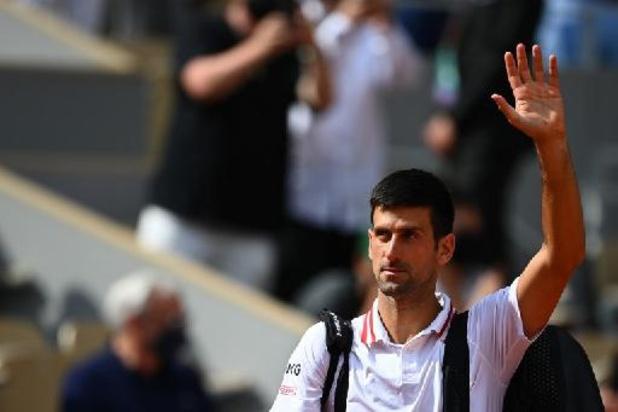 Djokovic komt met de schrik vrij tegen Italiaanse tiener, Sofia Kenin sneuvelt in achtste finales