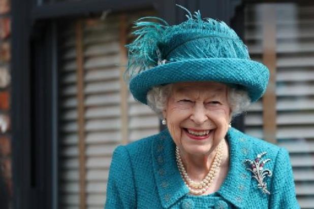 La reine Elizabeth et Tom Cruise souhaitent bonne chance à l'Angleterre pour la finale