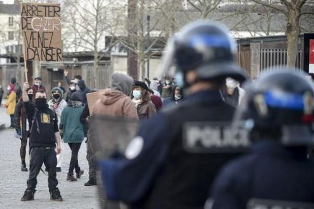 """Coronavirus - France : Manifestation de """"teufeurs"""" à Rennes pour défendre les """"free parties"""""""