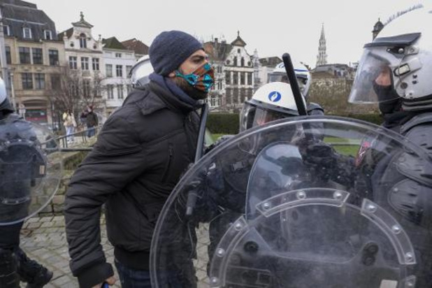 Verboden betogingen in Brussel leveren 488 arrestaties op