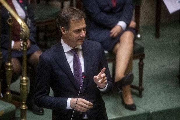 De Croo en Dermagne verdedigen loonakkoord in de Kamer