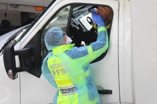 Verenigd Koninkrijk meldt opnieuw recordaantal van 53.000 nieuwe besmettingen