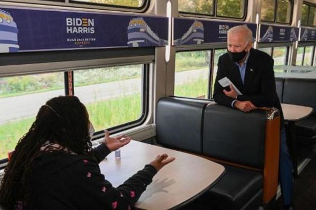 """Biden qualifie le comportement de Trump lors du débat est une """"honte nationale"""""""