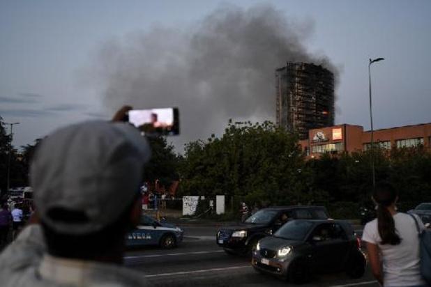 Grote brand in appartementsgebouw in Milaan