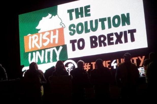 Noord-Ierse DUP schiet brexitdeal nu ook officieel af
