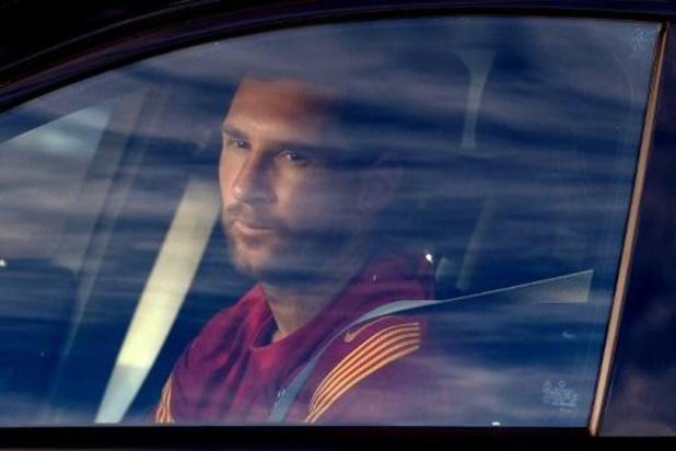 Lionel Messi herneemt de groepstrainingen bij Barcelona