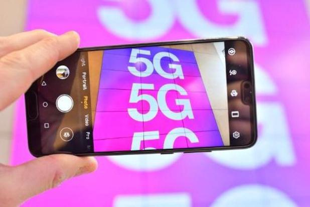 Pas d'enchères avant au moins 1 an pour la 5G mais le dossier avance