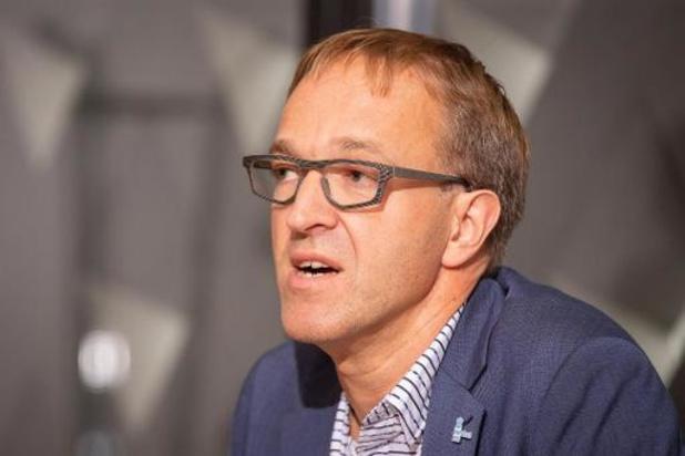 """UGent-rector Van de Walle pleit voor onmiddellijke lockdown: """"Half werk leidt tot drama's"""""""