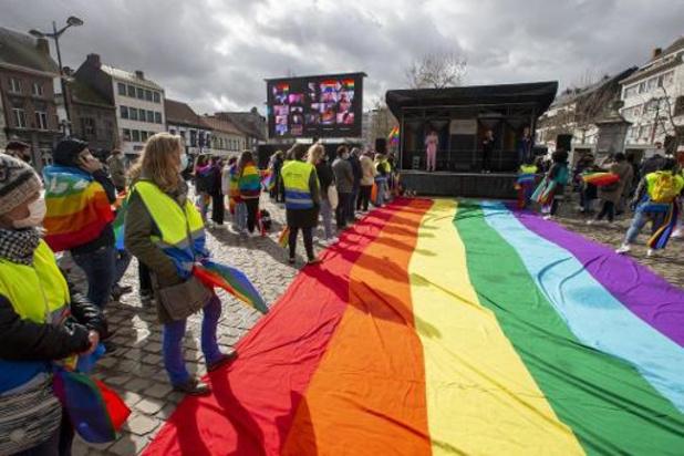 A Beveren, Alexander De Croo appelle à combattre l'intolérance