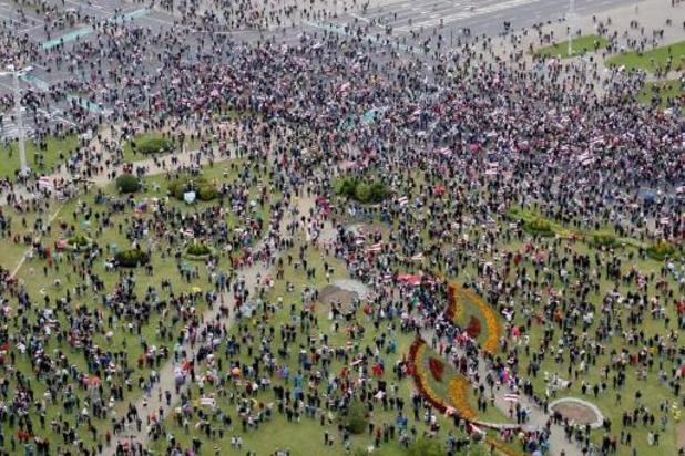 Tensions au Bélarus : des dizaines d'arrestations lors d'une nouvelle marche de l'opposition