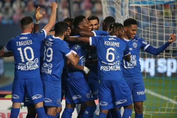 Troyes sacré champion de Ligue 2 et promu en Ligue 1 française