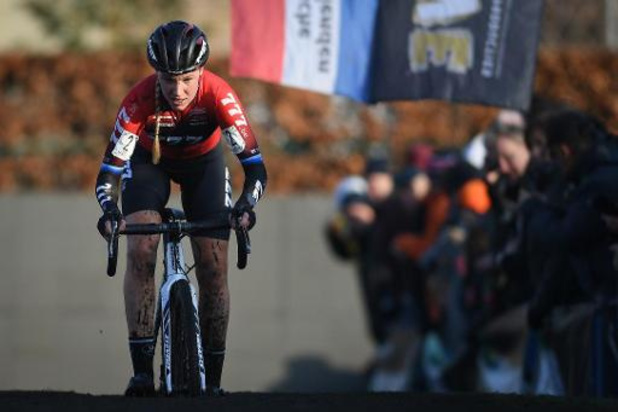 Superprestige Diegem - Annemarie Worst sprint naar de zege in Diegem