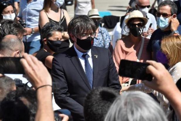 """Puigdemont doit """"comparaître devant la justice"""" espagnole, affirme Pedro Sanchez"""