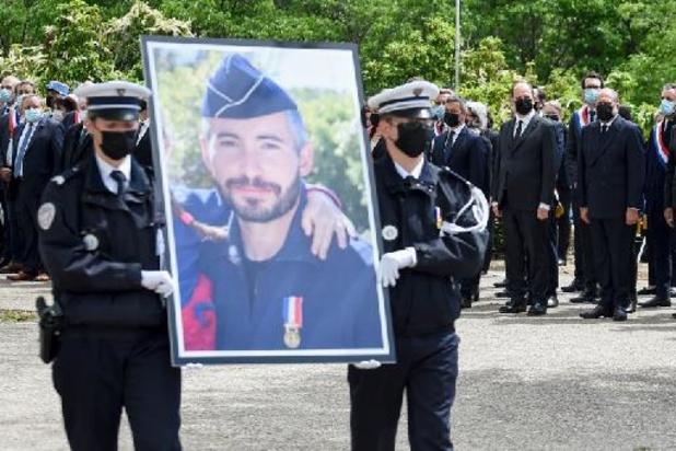 Policier tué à Avignon: le logeur du meurtrier présumé écroué
