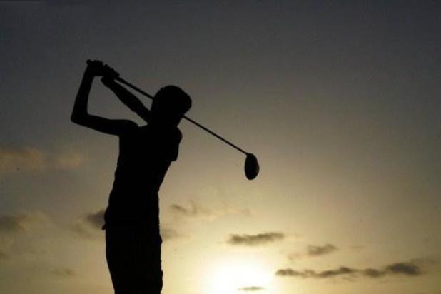 USA: 3 morts sur un terrain de golf américain, le suspect en fuite