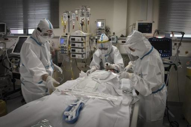 Coronacijfers stijgen in Griekenland: privéklinieken moeten helpen