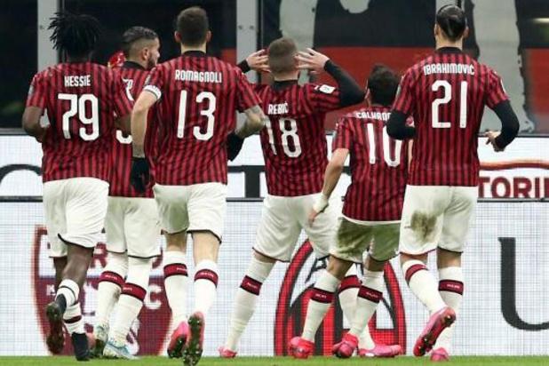 Belgen in het buitenland - Milan en invaller Saelemaekers kloppen Roma en blijven meedoen voor Europese tickets