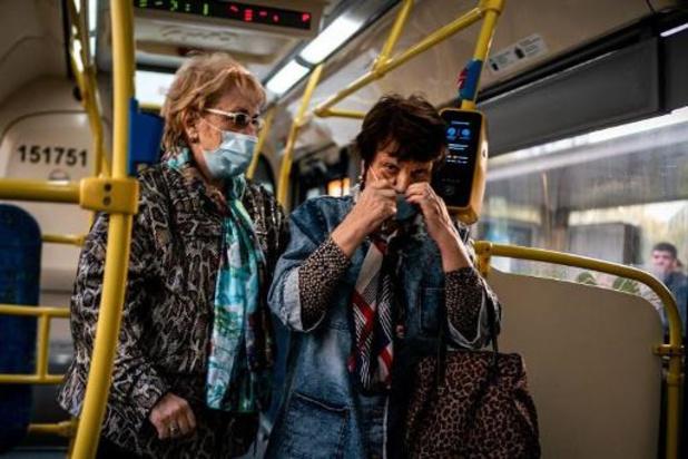 Les infections quotidiennes en Russie approchent les records de mai