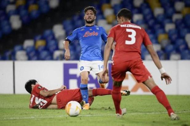Europa League - Dries Mertens gaat met Napoli thuis onderuit tegen AZ
