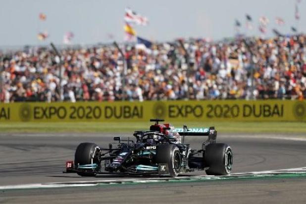 F1 - GP van Groot-Brittannië - Hamilton blaast met achtste zege op Silverstone titelstrijd nieuw leven in