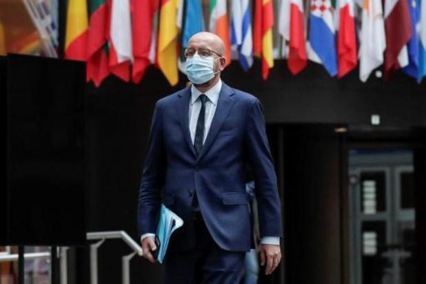 L'UE exhorte Londres à appliquer une sortie de l'UE complète