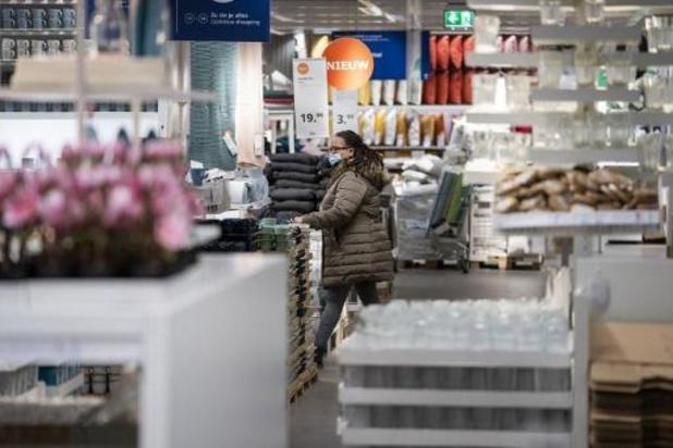 Comeos niet te spreken over maximumaantal klanten in winkels en telewerkregistratie