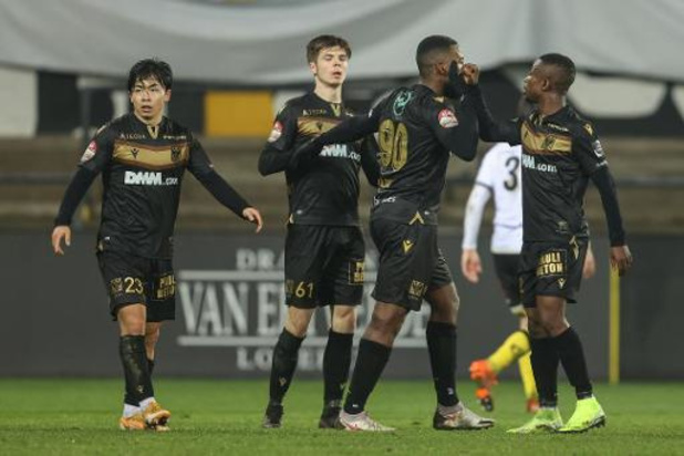 Croky Cup - STVV en Oostende stoten door, Olympic Charleroi stunt tegen Zulte Waregem