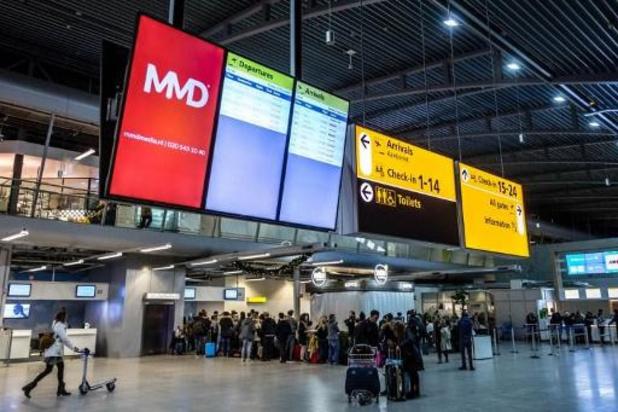 Nog geen vluchten op Eindhoven Airport door mist