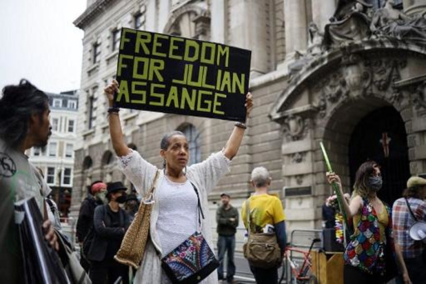 Londense rechtbank herneemt hoorzittingen in zaak-Assange